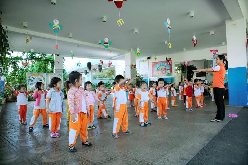 Môi trường học tập tại Trường mẫu giáo tư thục Họa Mi được trang bị nhiều hoạt động khác nhau để tạo hứng thú học cho trẻ
