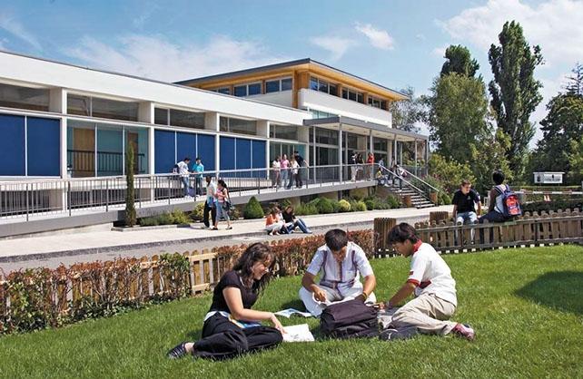 Học tập tại Collège du Léman