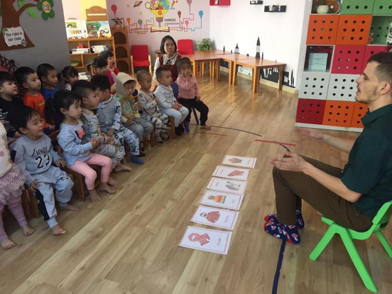 Trường Quốc tế Việt – Hàn Montessori