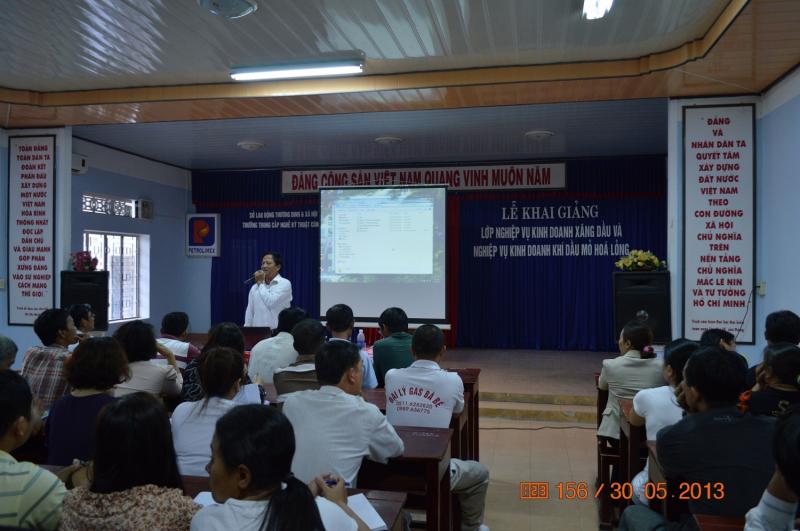 Khóa học tại trường TCN kỹ thuật công nghệ Đà Nẵng.