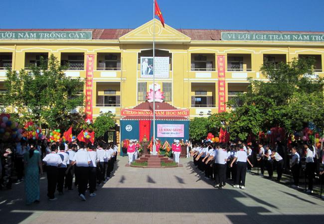 Một góc sân trường THCS Chu Văn An