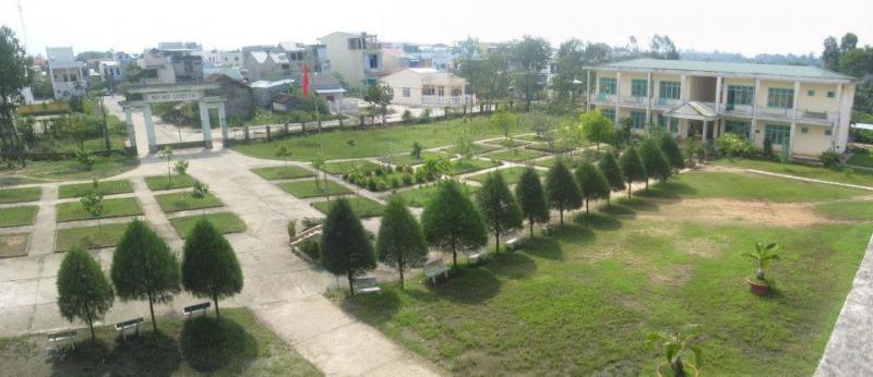 Trường THCS Nguyễn Bỉnh Khiêm