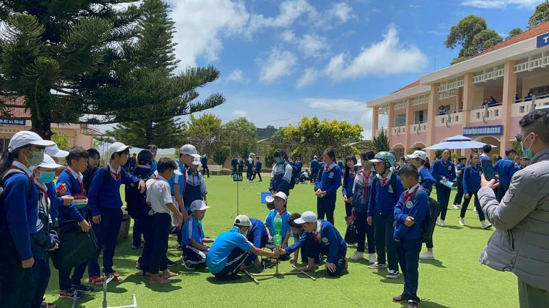 Trường THCS Nguyễn Đình Chiểu