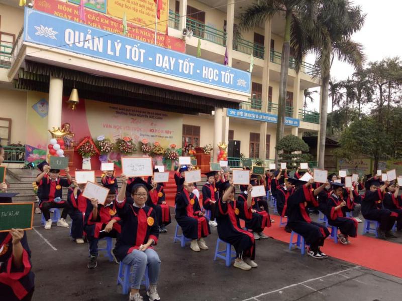 Trường THCS Nguyễn Đức Cảnh