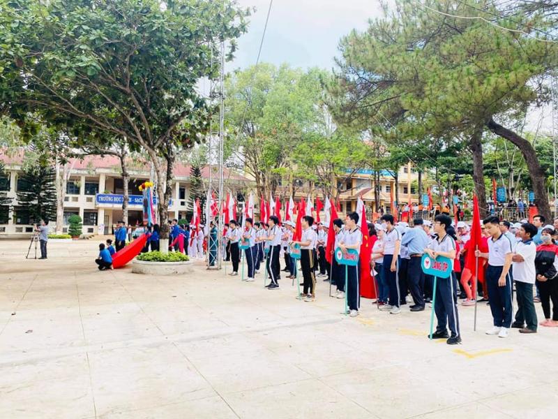 Trường THCS Phạm Hồng Thái