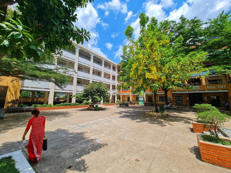 Trường THCS Phước Tân 1