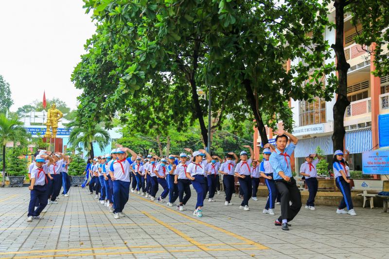 Trường THCS Trần Hưng Đạo