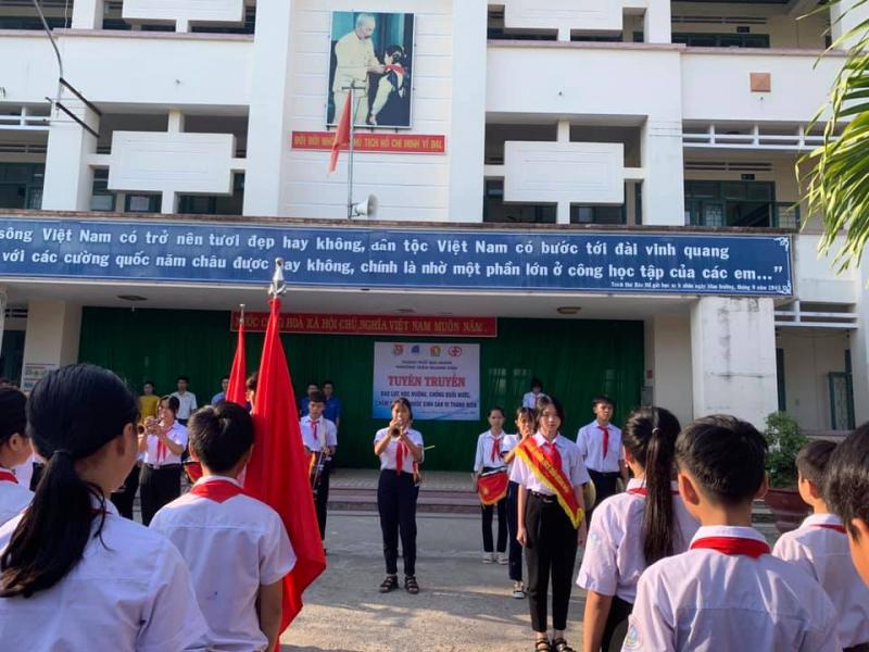 Trường THCS Trần Quang Diệu