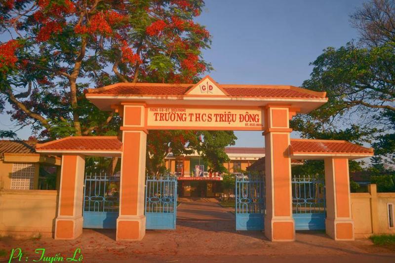 Trường THCS Triệu Đông