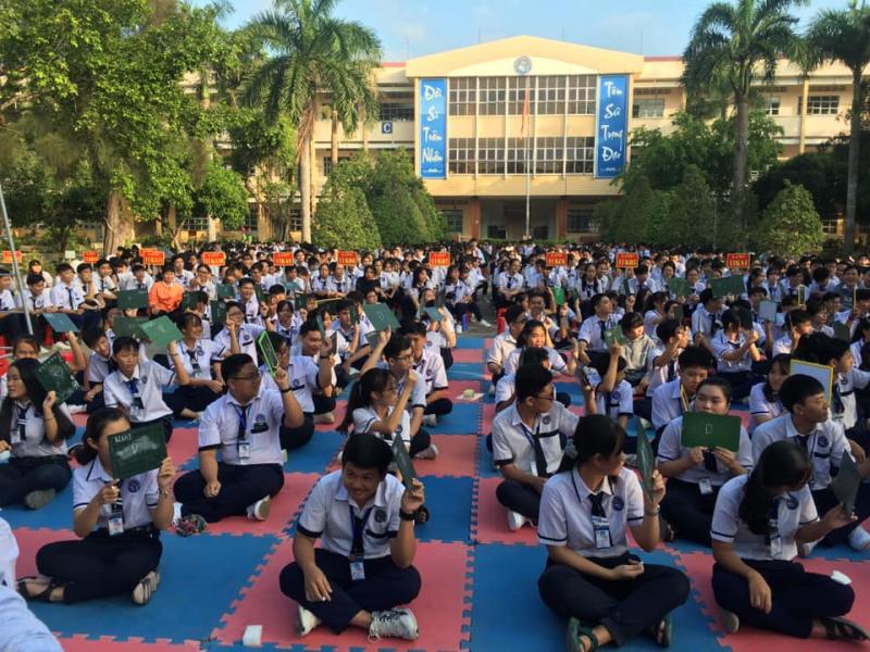Nhà trường cũng thường xuyên tổ chức các hoạt động, phong trào thi đua rèn luyện