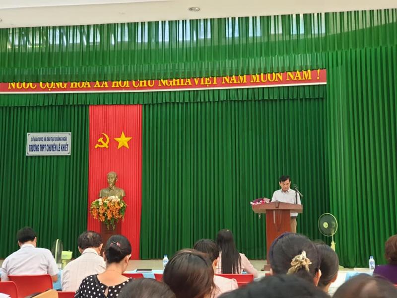 Trường THPT Chuyên Lê Khiết