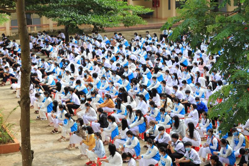 Trường THPT Chuyên Nguyễn Chí Thanh