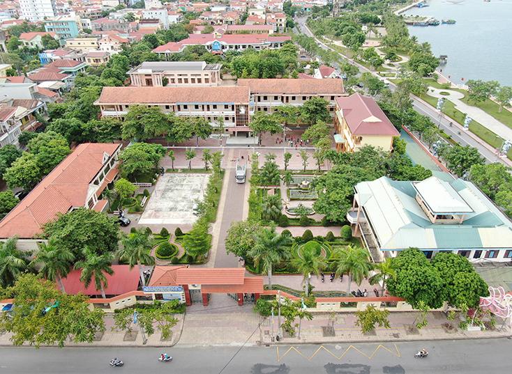 Trường THPT Đào Duy Từ