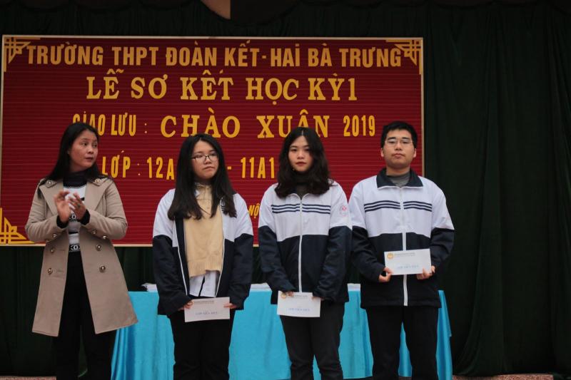 Học sinh được khen thưởng