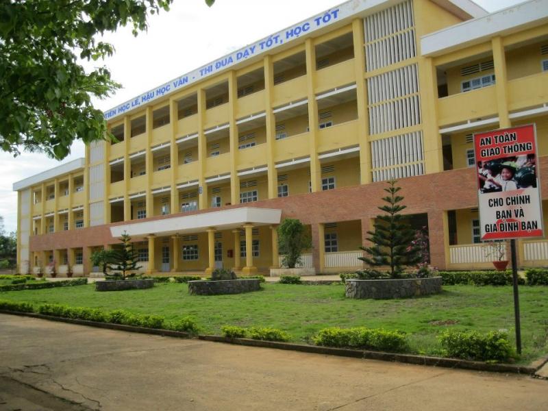Trường THPT Đức Trọng