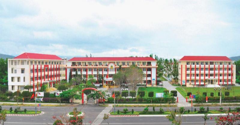 Trường THPT Duy Tân