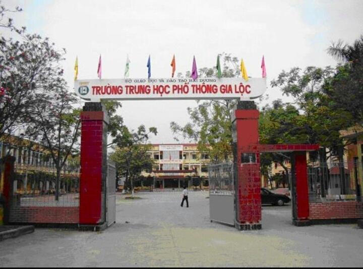 Trường THPT Gia Lộc tại địa chỉ 183 Nguyễn Chế Nghĩa, thị trấn Gia Lộc, Gia Lộc, Hải Dương