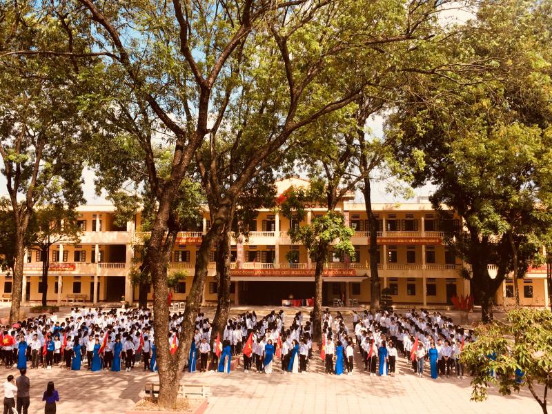 Trường THPT Hoài Đức B
