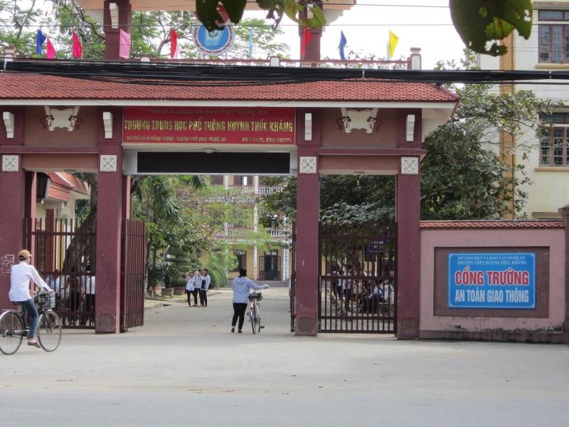 Trường THPT Huỳnh Thúc Kháng