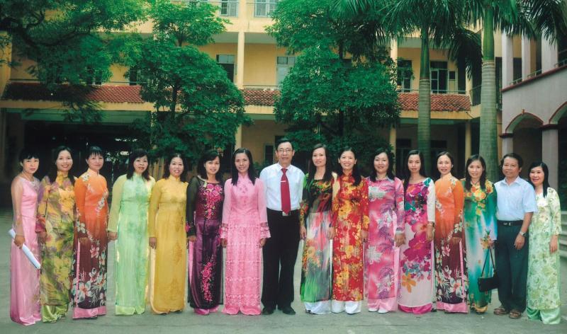 Các thầy cô giáo trường THPT Lê Quý Đôn - Hà Đông