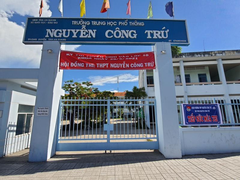 Trường THPT Nguyễn Công Trứ là một ngôi trường có bề dày lịch sử và truyền thống hiếu học của tỉnh An Giang.