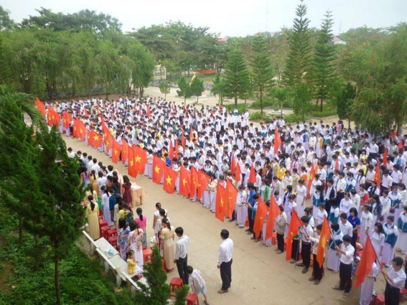 Trường THPT Nguyễn Du