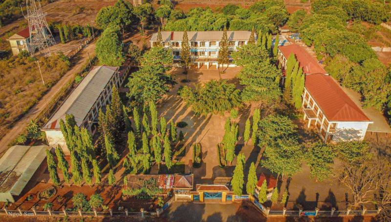 Trường THPT Nguyễn Thái Học