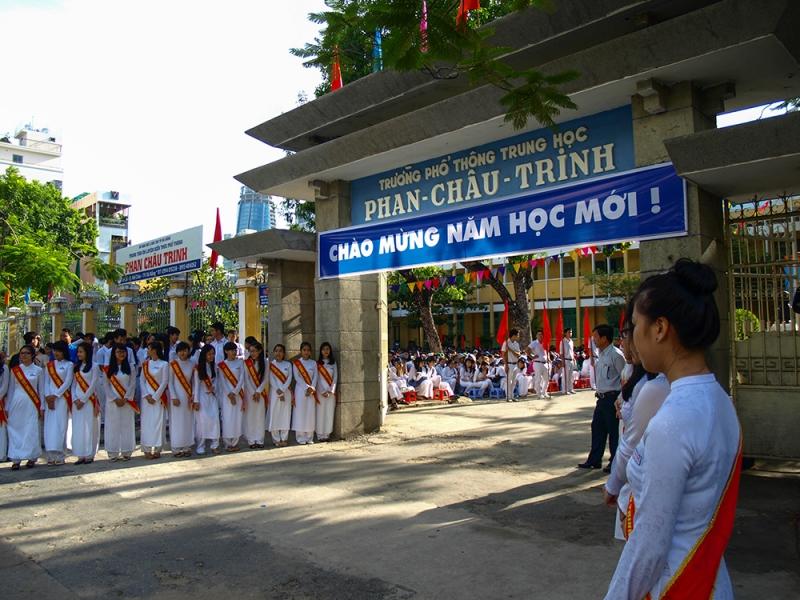 Trường THPT Phan Châu Trinh