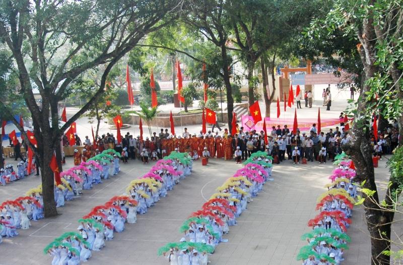 Lễ kỉ niệm 50 năm ngày thành lập trường THPT Phan Đăng Lưu