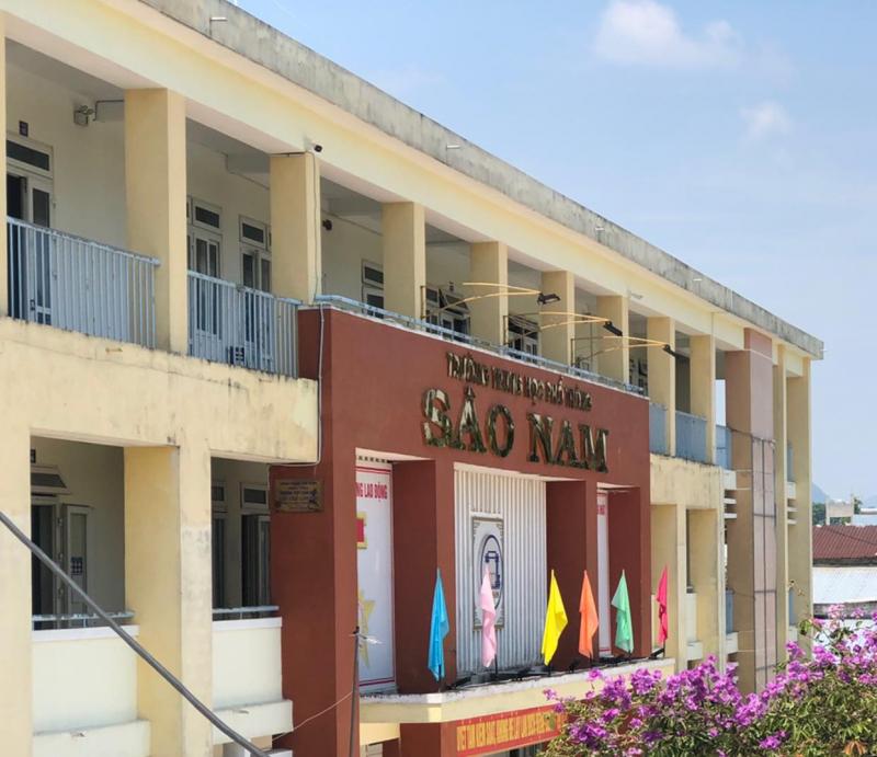 Trường THPT Sào Nam