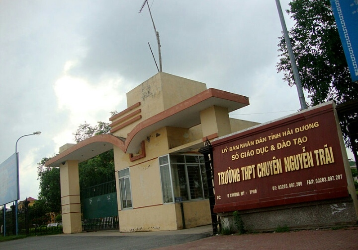 Trường THPT chuyên Nguyễn Trãi