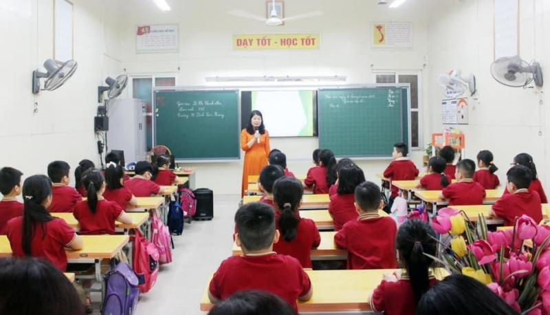 Trường Tiểu học Đinh Tiên Hoàng