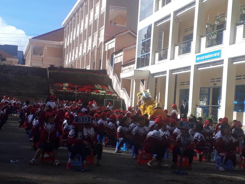 Trường tiểu học Lê Lợi