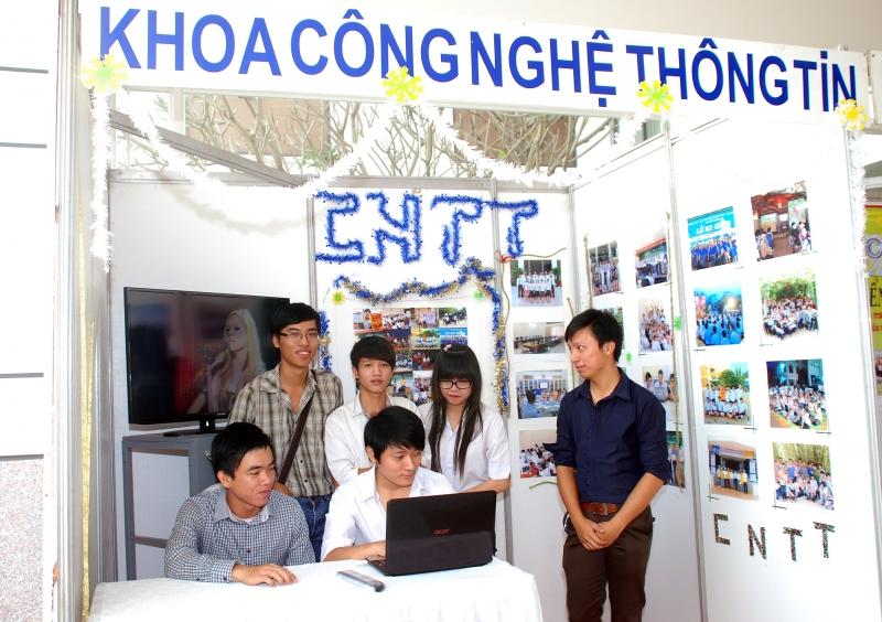 Trường trung cấp nghề Đồng hồ - Điện tử - Tin học Hà Nội