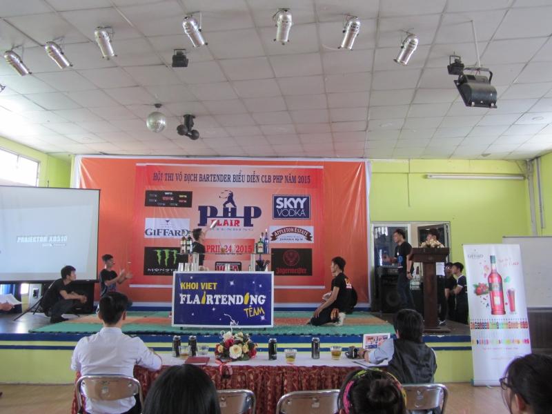 Cuộc thi pha chế tại trường