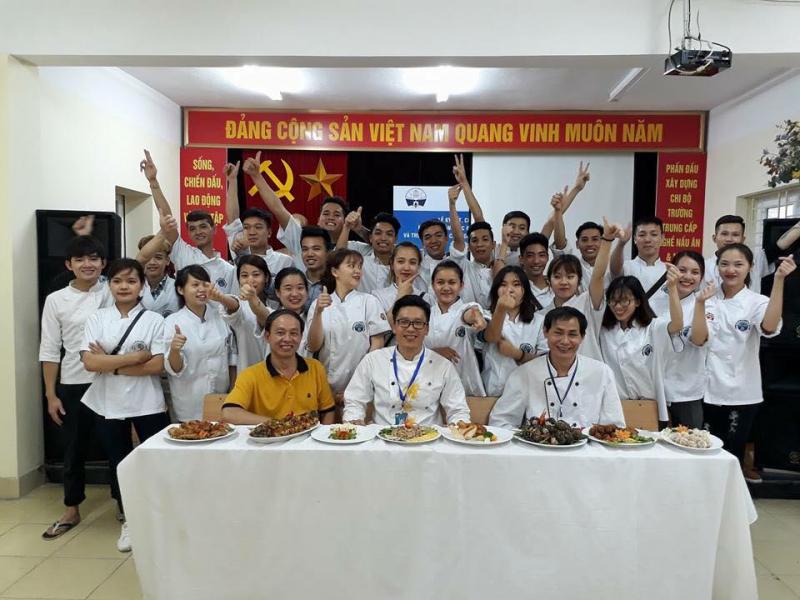Trường Trung cấp nghề Nấu ăn - Nghiệp vụ Du lịch và Thời trang Hà Nội
