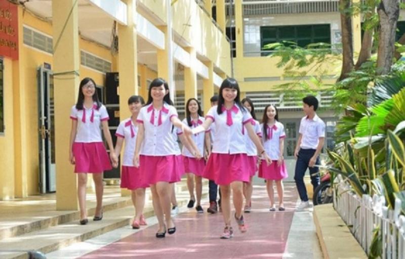 Đồng phục Trường THPT Nguyễn Trung Trực