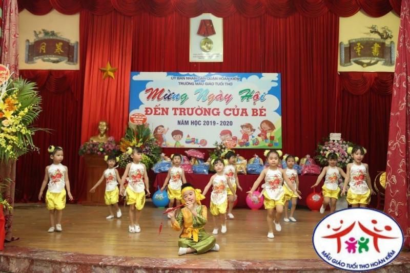 Ngày hội bé đến trường của các bạn nhỏ trường mầm non Tuổi Thơ