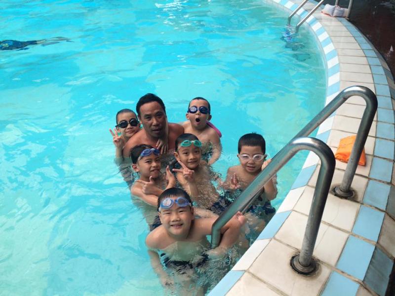 Chương trình dạy bơi cho bé của Trung tâm Gia Sư Bơi Lội T-Swimming là chương trình học bơi uy tín, giáo trình dạy bơi chuẩn Mĩ duy nhất tại Hà Nội