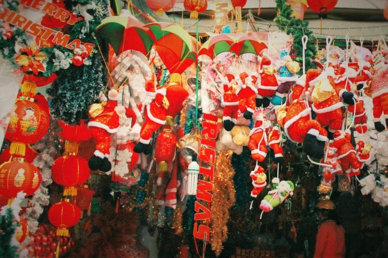Tự bán đồ Giáng sinh