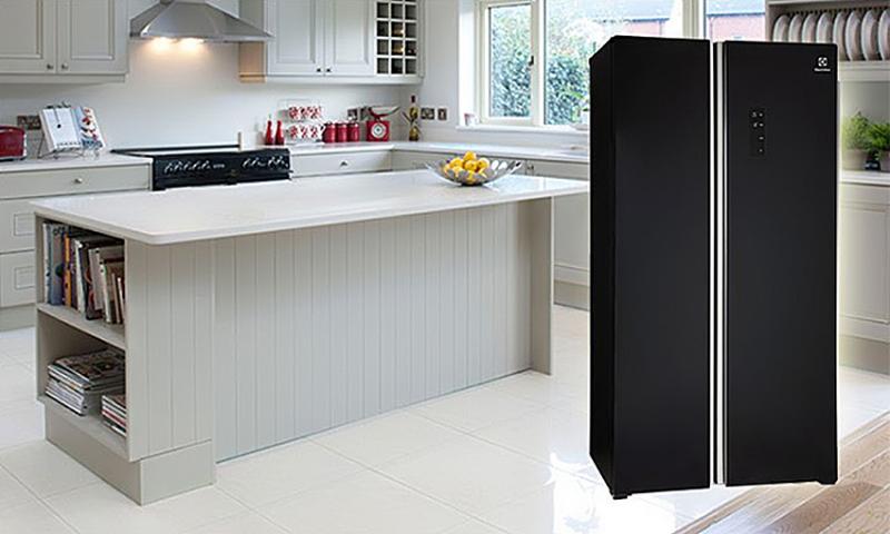 Tủ lạnh Inverter ESE-6201BG-VN với 2 cửa tiện dụng, không gian bên trong rộng lớn, nhiều ngăn chứa đồ cùng các tính năng ưu việt