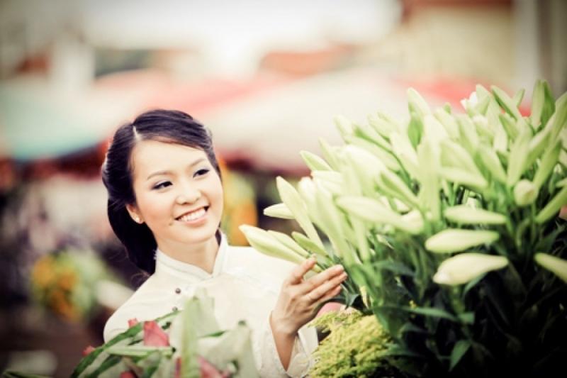 Một cô gái tự tin sẽ luôn lạc quan và yêu đời