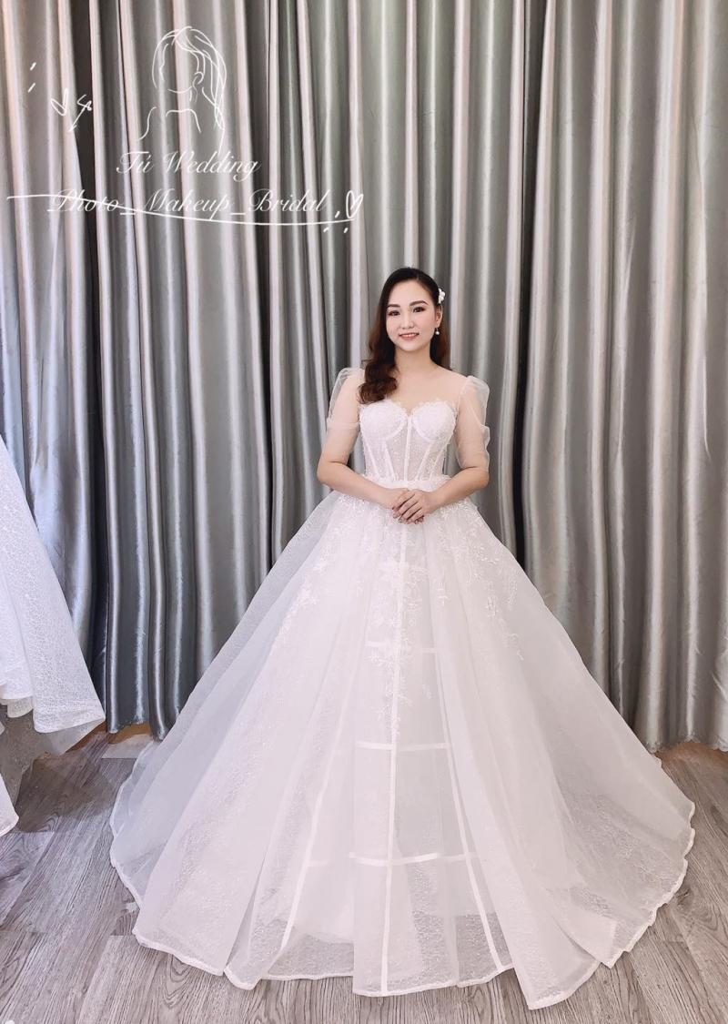 Tú Wedding