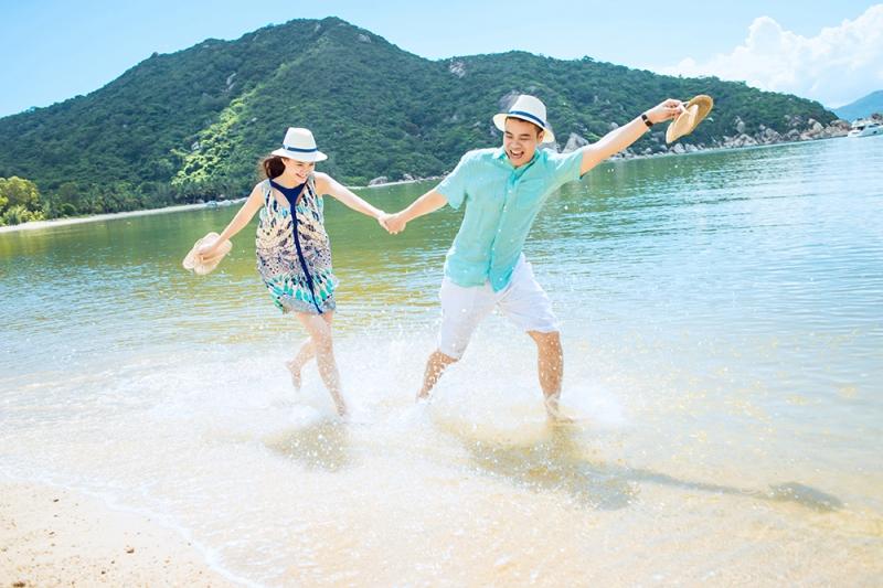 Đảo Tuần Châu là địa điểm chụp ảnh cưới được yêu thích của Quảng Ninh