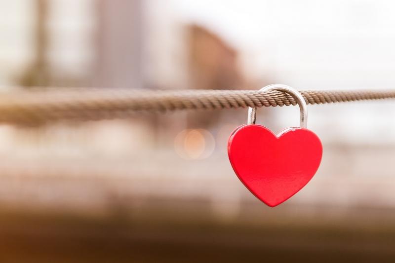 Trong tuần này Kim Ngưu hãy tạm thời gác chuyện tình cảm sang một bên đã chú tâm giải quyết đống công việc còn tồn động của mình nhé.