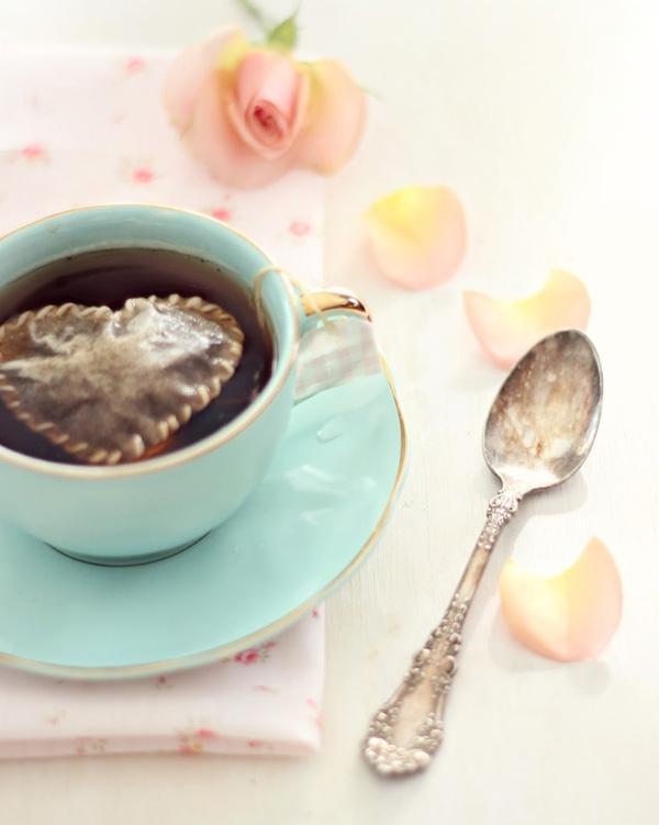 Túi trà thanh mát - hương vị của tình yêu