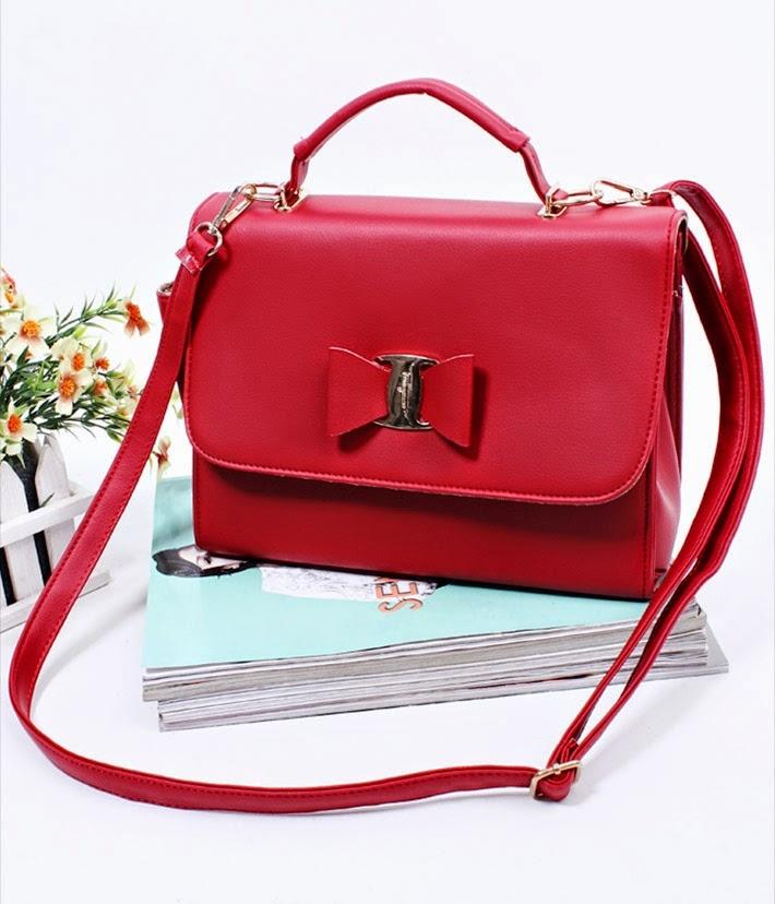 Một chiếc túi xách phù hợp sẽ làm nàng luôn tự tin khi mang nó bên mình, cũng là một món quà rất tuyệt vời.