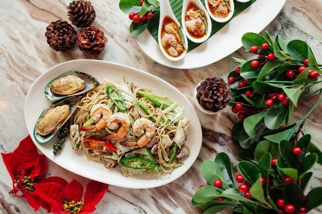 Là nhà hàng Thái sang trọng, Tuk Tuk Bistro mang đến những món Thái đa dạng với chất lượng tuyệt hảo nhất.