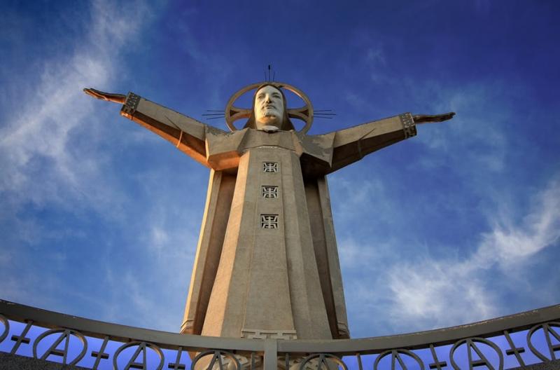 Tượng Chúa Ki-tô