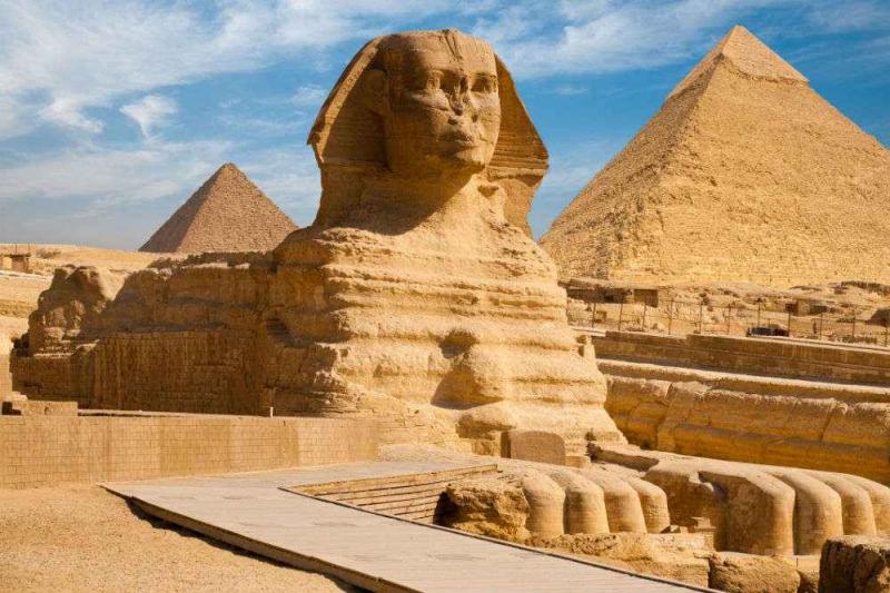 Thông tin về những bức tượng này vẫn còn gây tranh cãi